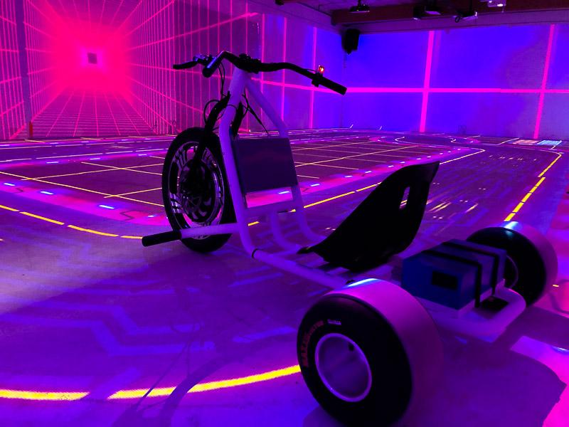 Cyber Trikes - Karts Interactifs